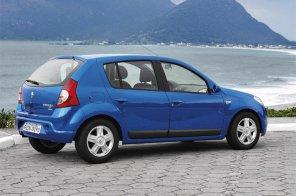 Специальный хэтчбек Renault Sandero от 415 тысяч рублей