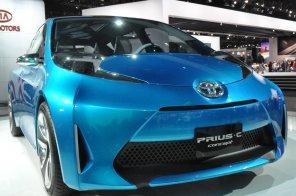 Toyota готовит уменьшенный гибрид Prius C