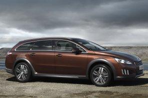 Компания Peugeot представила гибридный внедорожный универсал