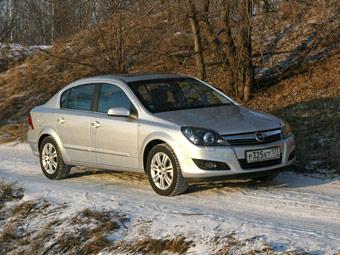 Opel Astra седан